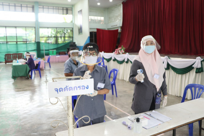 First election since outbreak held in Lampang