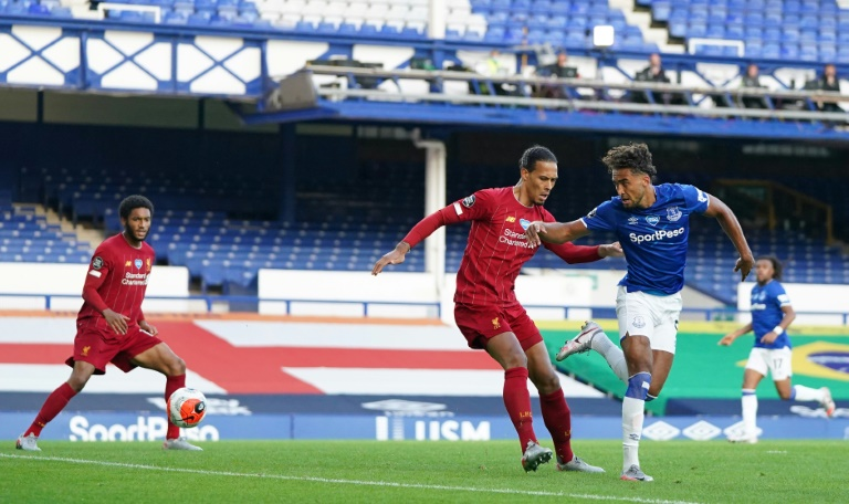 Everton and Liverpool played out a goalless stalemate.