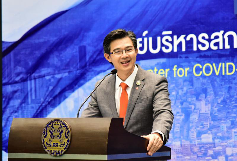 Taweesilp Visanuyothin, spokesman of the Centre for Covid-19 Situation Administration, details a plan to allow foreign nationals back into the country. (Government House file photo)