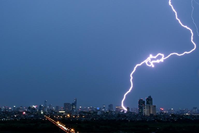700km lightning bolt, longest ever recorded