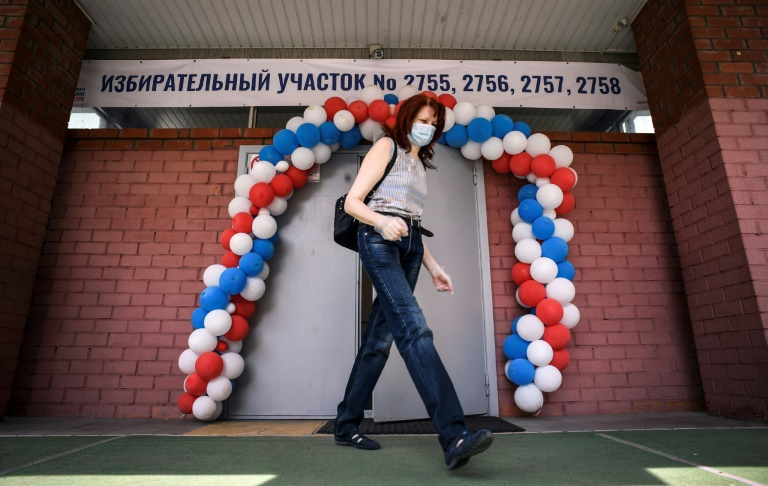 Turnout was almost 68 percent in the Russian referendum on constitutional changes. (AFP photo)