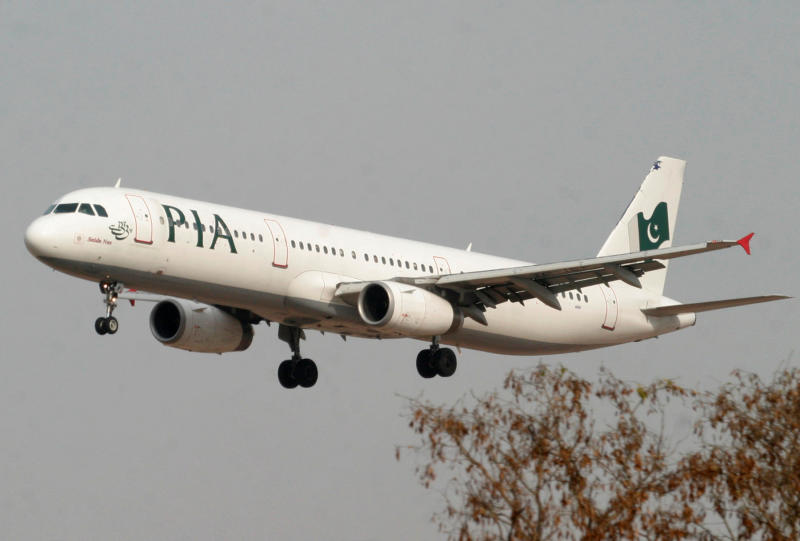 Deadly crash, fake pilots expose Pakistan's broken airline