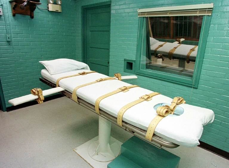 Justice Dept. seeks to overturn order halting execution