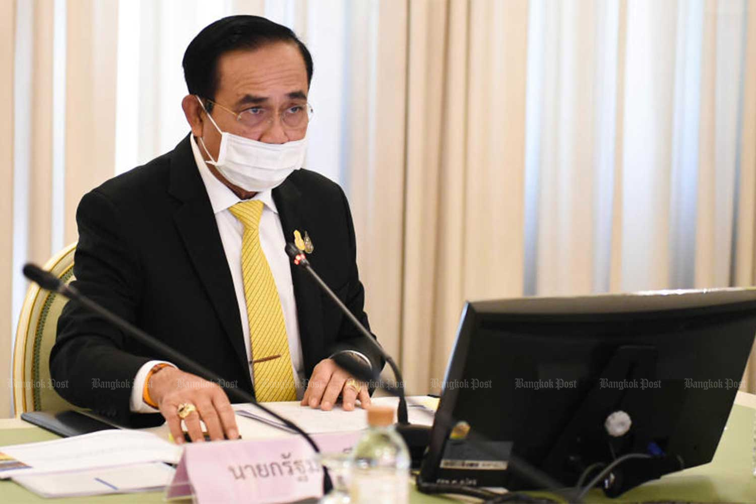 Prime Minister Prayut Chan-o-cha apologises for lax measures to let an Egyptian soldier who tested positive for Covid-19 go around in Rayong. (File photo)