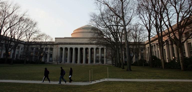 US rescinds order denying visas for foreign students