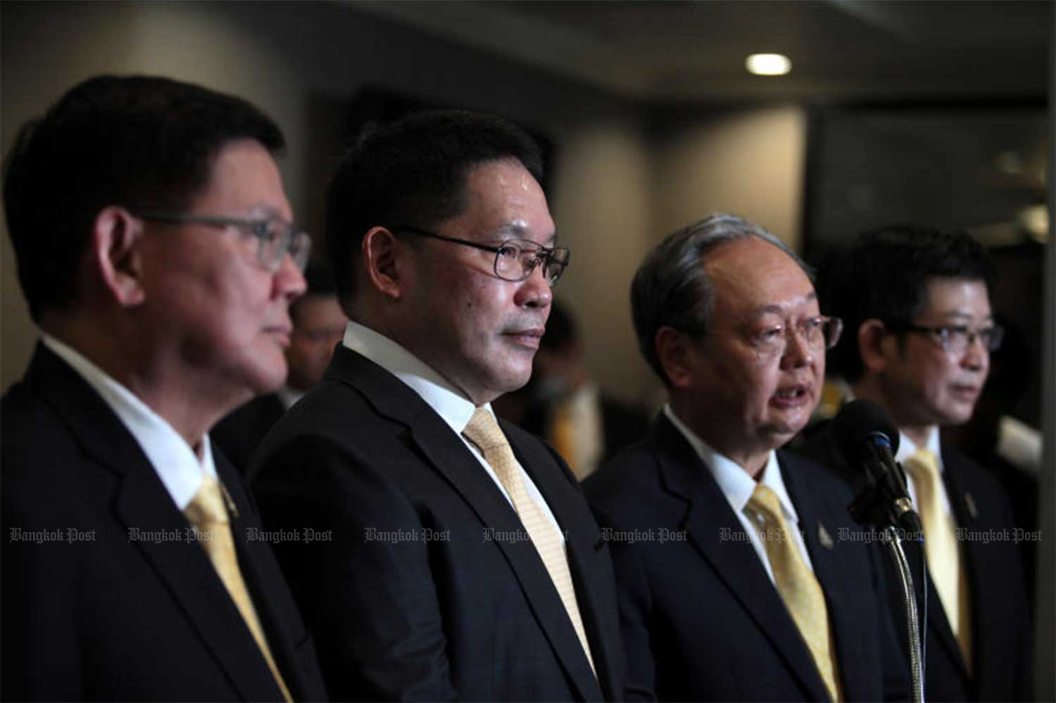 Finance Minister Uttama Savanayana, Energy Minister Sontirat Sontijirawong, Higher Education, Science and Innovations Minister Suvit Maesincee, and deputy secretary-general of the Prime Minister's Office Kobsak Pootrakul announce their resignation from the cabinet, effective on Thursday. (Photo: Chanat Katanyu)