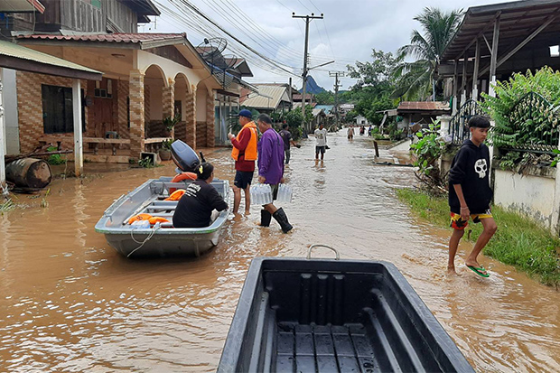 The water level in a community in Muang district of Loei had subsided on Monday, after it was hit by a flash flood shortly before dawn on Sunday. (Photo: Loei Public Relations Office Facebook account)