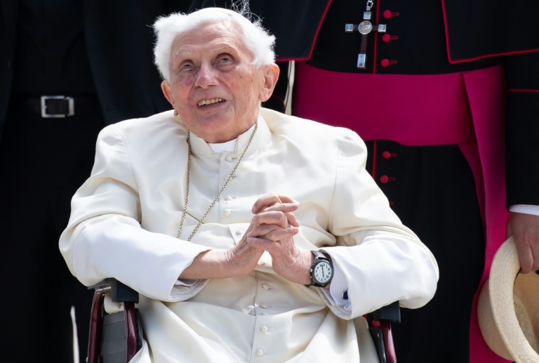 Former Pope Benedict is seriously ill, reports newspaper