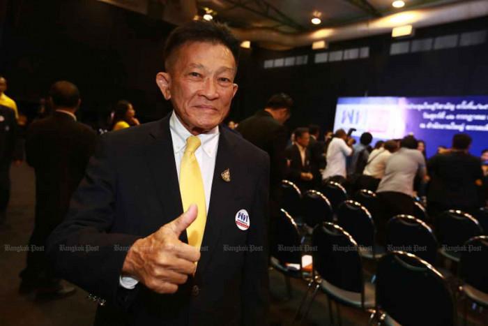 Pheu Thai in charter rewrite push