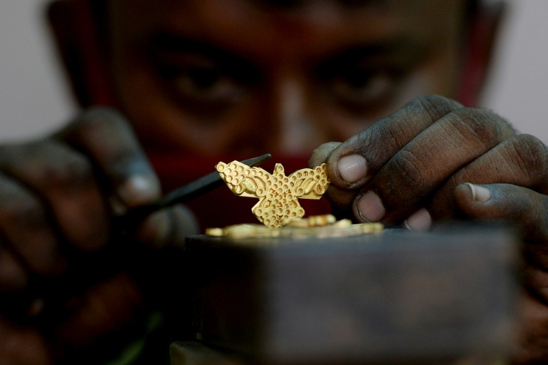 MCX to launch futures trading on bullion index on Aug 24