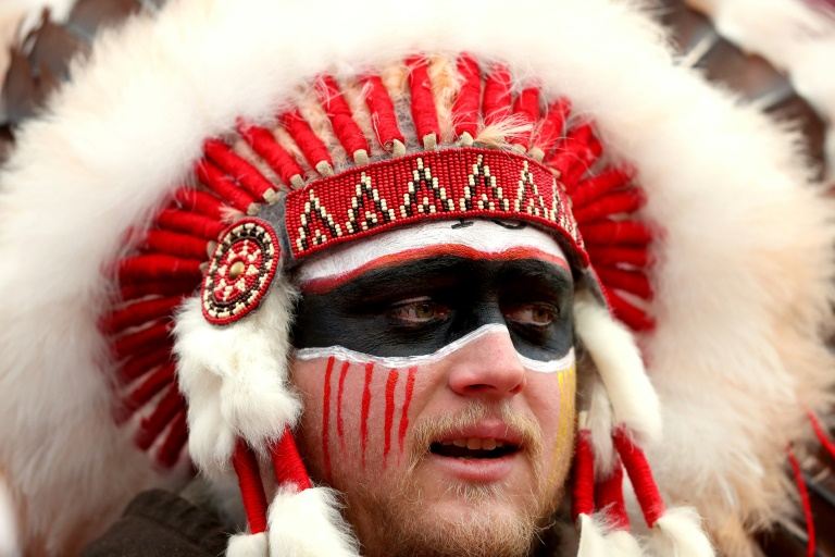 Chiefs ban fans from wearing Native American headdresses, face paint