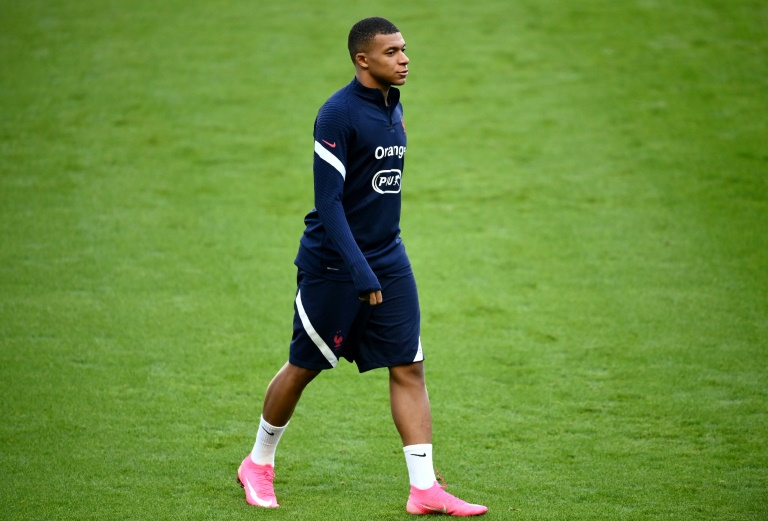 France striker Mbappe tests positive for virus