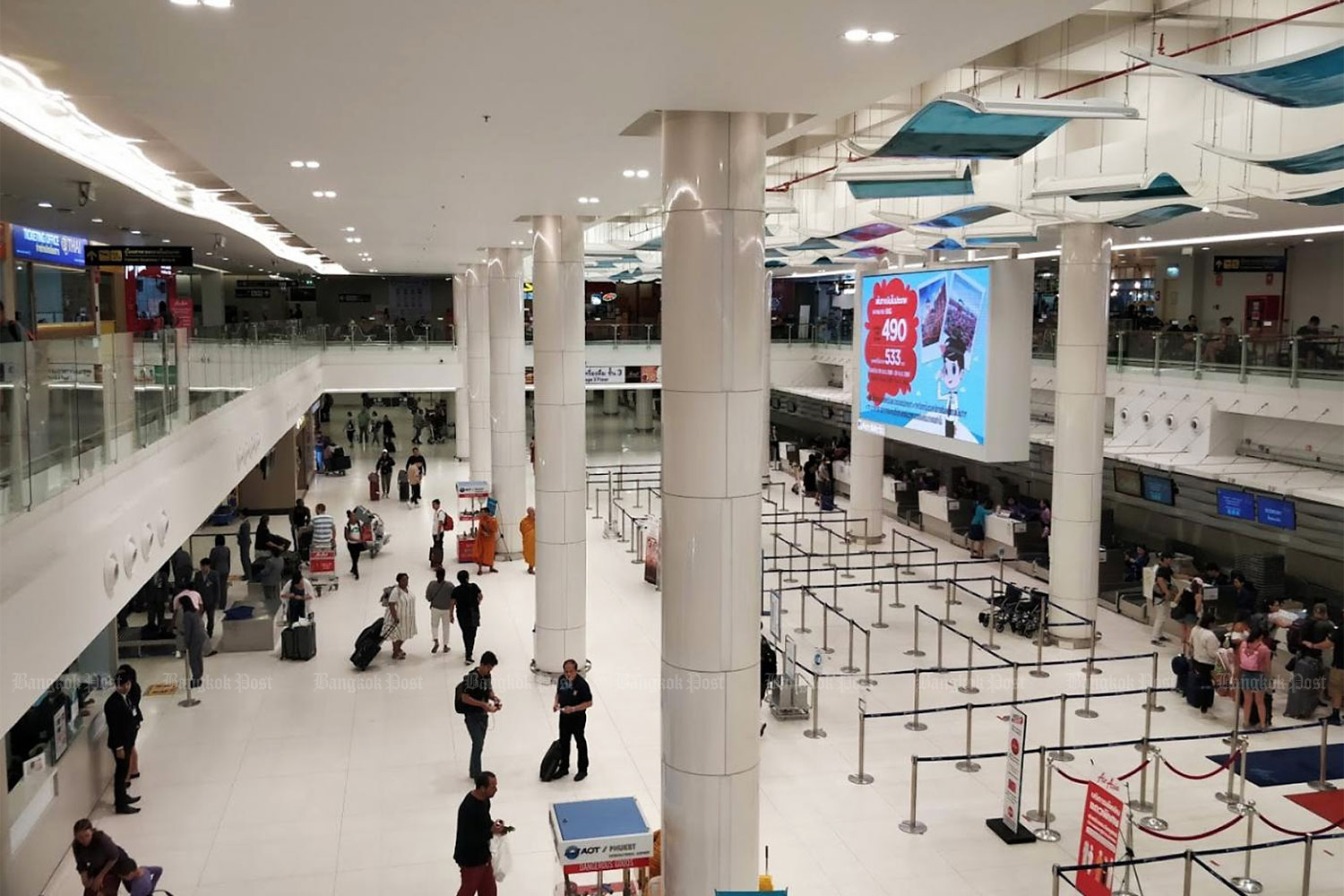 A view of Phuket airport. Most local residents and businesses agree that foreign visitors to the island should have to stay in 14-day quarantine.