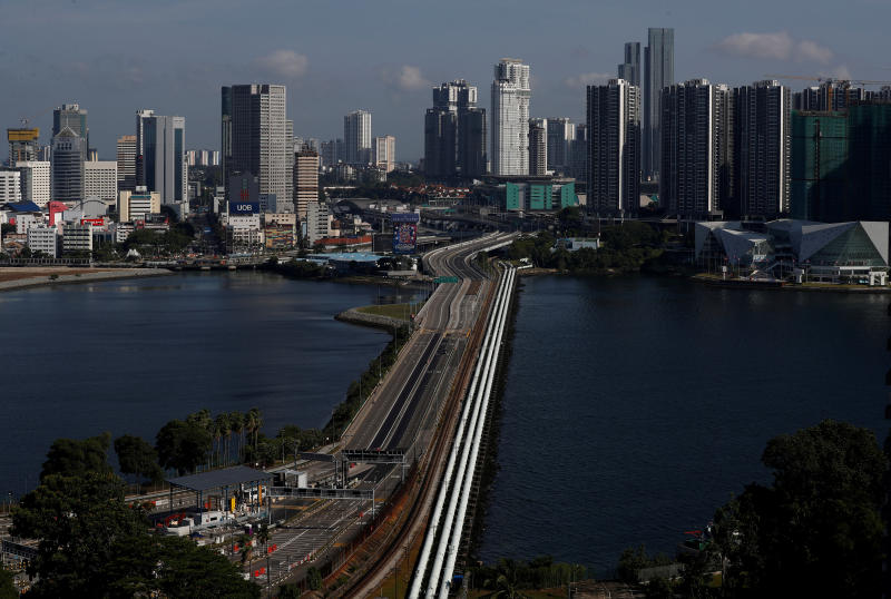 A view of the empty Woodlands Causeway between Singapore and Malaysia after Malaysia imposed a lockdown on travel due to the coronavirus outbreak on March 18. (Reuters photo)