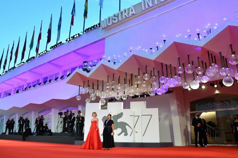 Nomadland Wins Top Prize At Venice Film Festival