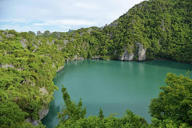 Mu Koh Ang Thong National Park in Surat Thani has won the environmental management award again this year. (Photo: Supapong Chaolan)