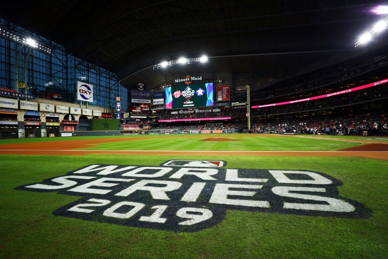 Major League Baseball plans to allow fans at NLCS, World Series games