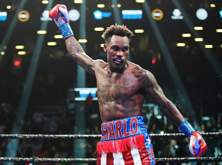 Jermall Charlo outlasts Sergiy Derevyanchenko to retain WBC middleweight title