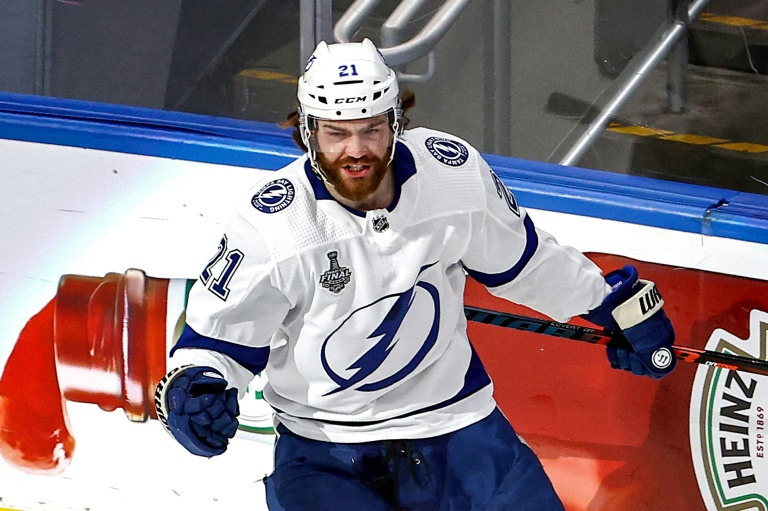 Lightning secure 2nd Stanley Cup in franchise history after defeating Stars