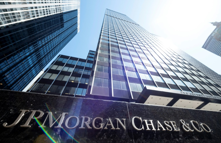 JPMorgan Chase fined $920m by US over market manipulation