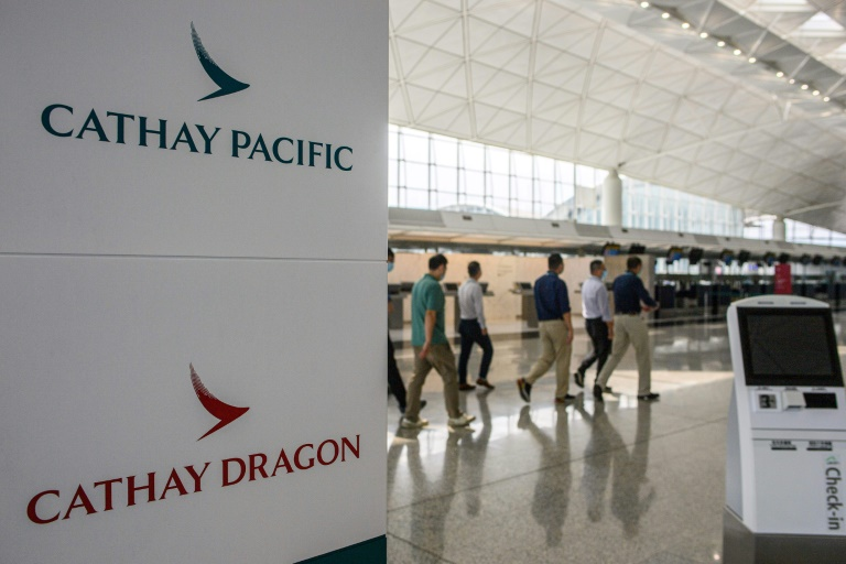 Cathay Pacific to close Cathay Dragon subsidiary