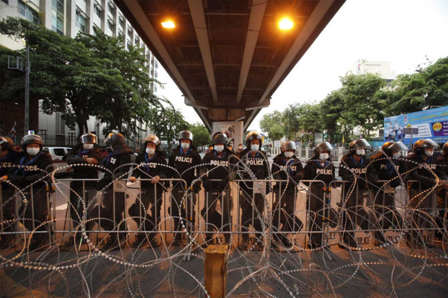 Thailand lifts emergency measures aimed at stopping protests