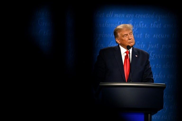 Trump, Biden battle for swing states after final debate