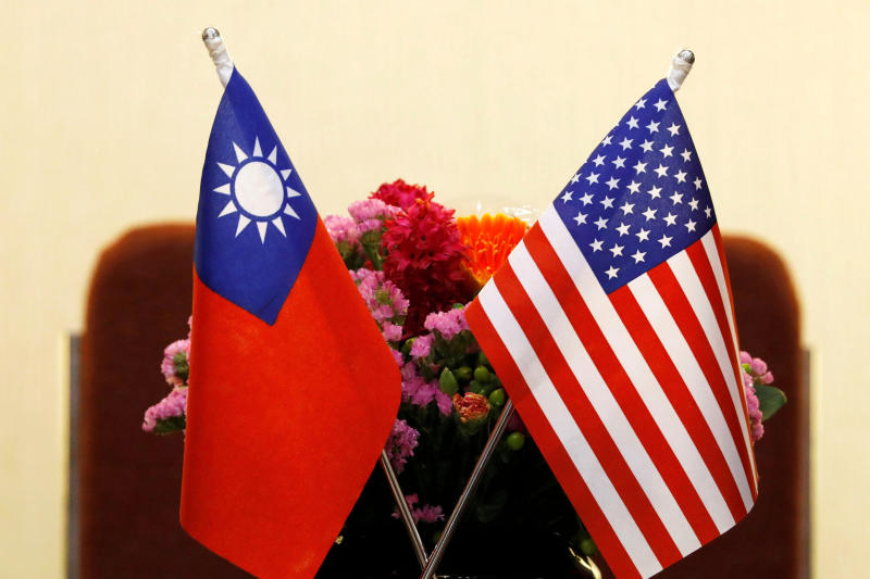 China to sanction US firms over Taiwan arms sale