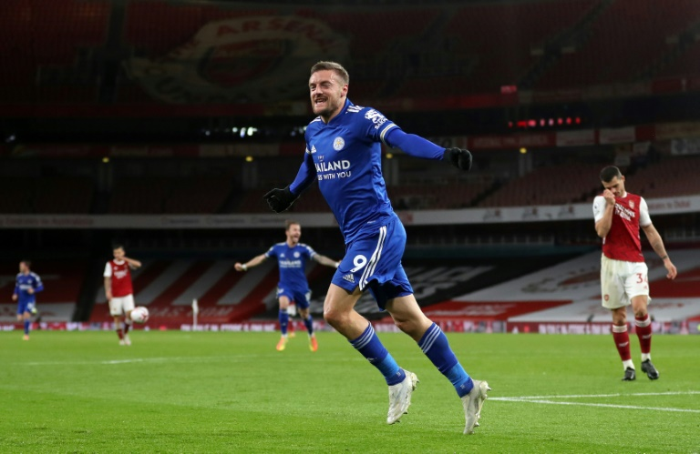 'World-class' Vardy rocks Arsenal as Leicester go fourth