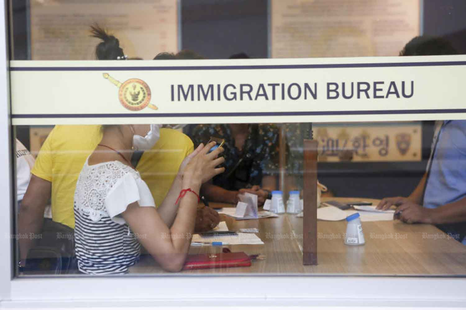 Visa amnesty extended to Oct 31