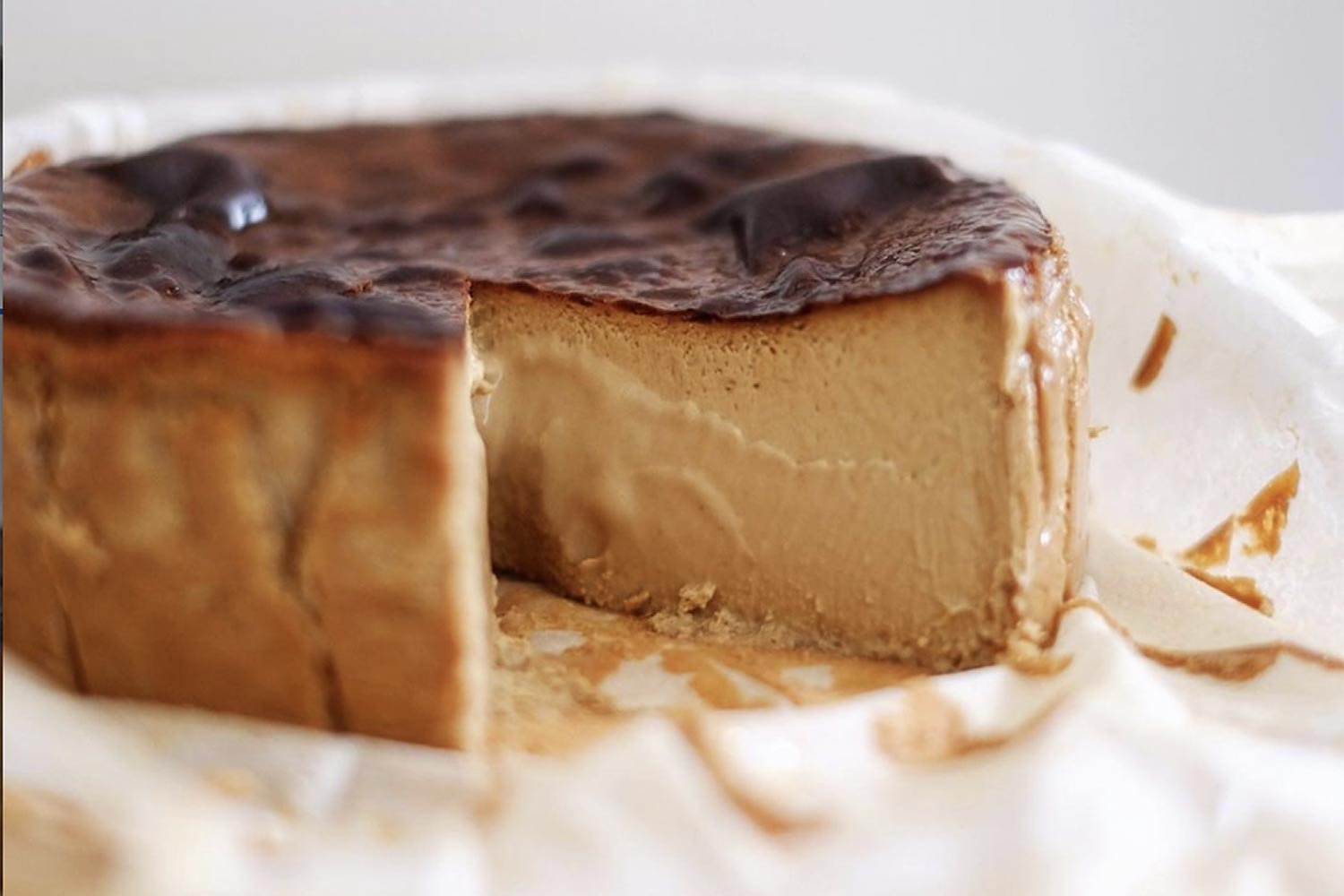 The perfect almost-burnt cheesecake