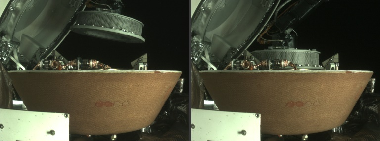 Nasa: Space probe successfully stowed sample from asteroid