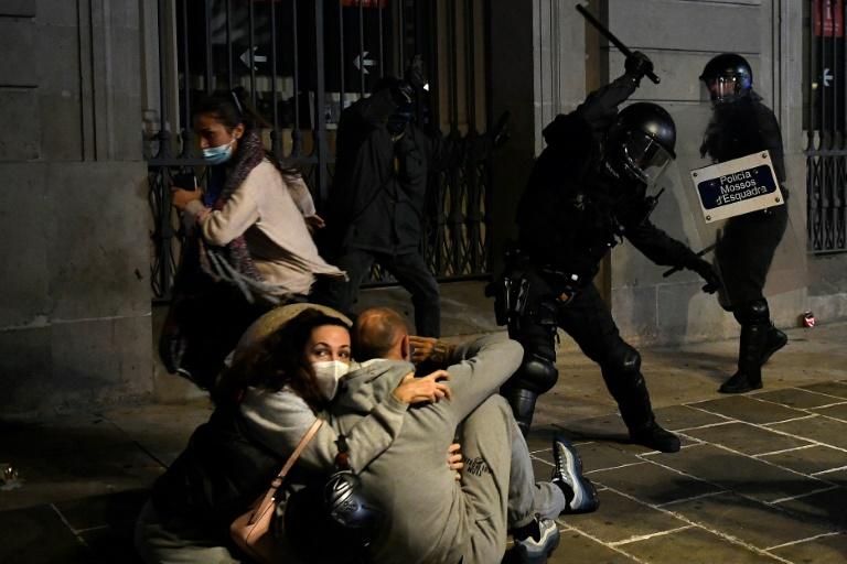 Greece latest to renew virus lockdown