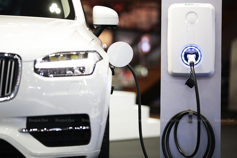 Supercharging an EV hub