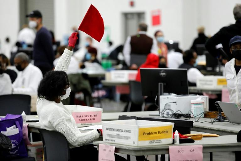 Trump campaign sues to stop ballot count in MI