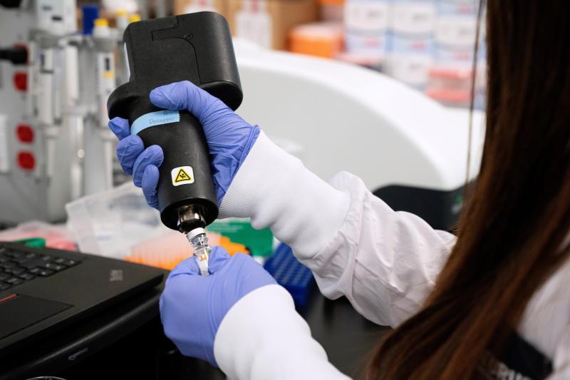 A scientist at RNA medicines company Arcturus Therapeutics research a vaccine for the novel coronavirus (Covid-19) at a laboratory in San Diego, California, US, March 17, 2020. (Reuters file photo)
