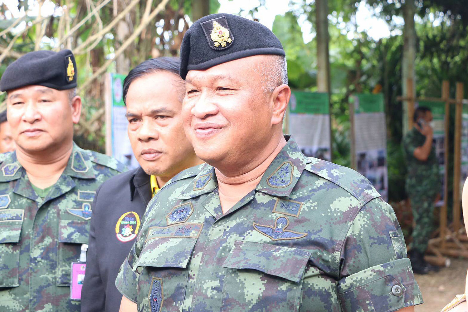 Lt Gen Kriangkrai Srirak, the commander of the 4th Army Region, says the deep South's problems must be solved through talks. He believes Malaysia performs its duty well as a peace talks facilitator.