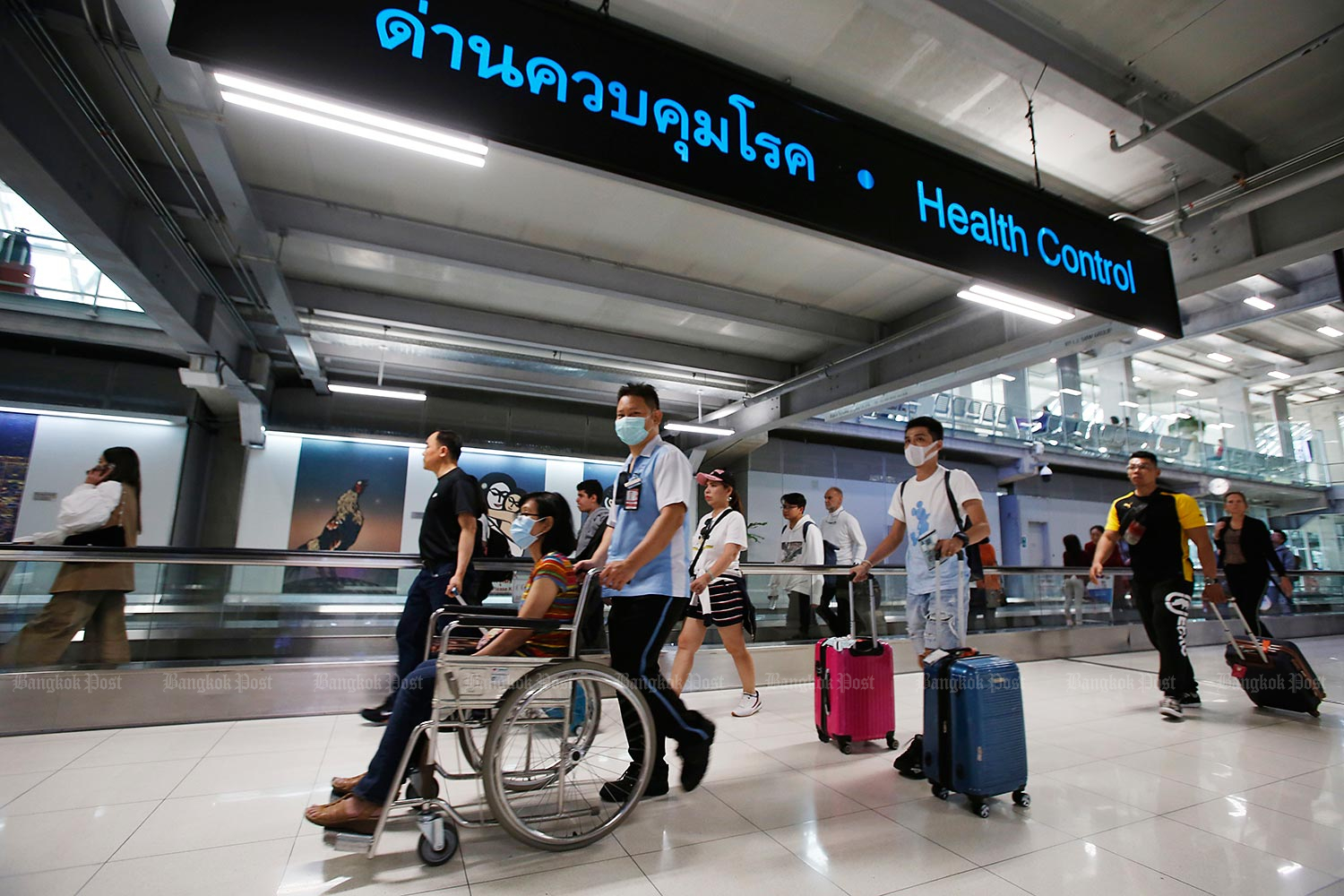 Government logs seven new imported cases of novel coronavirus on Monday, bringing accumulated total in Thailand to 3,920; no new deaths. (Bangkok Post file photo)