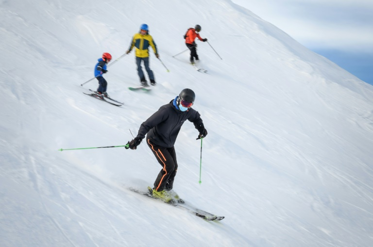 Off the pistes: Germany seeks to keep EU ski resorts shut