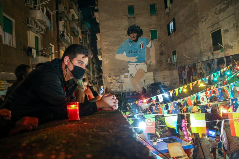 Napoli pays tribute to Maradona, 'captain of the angels'
