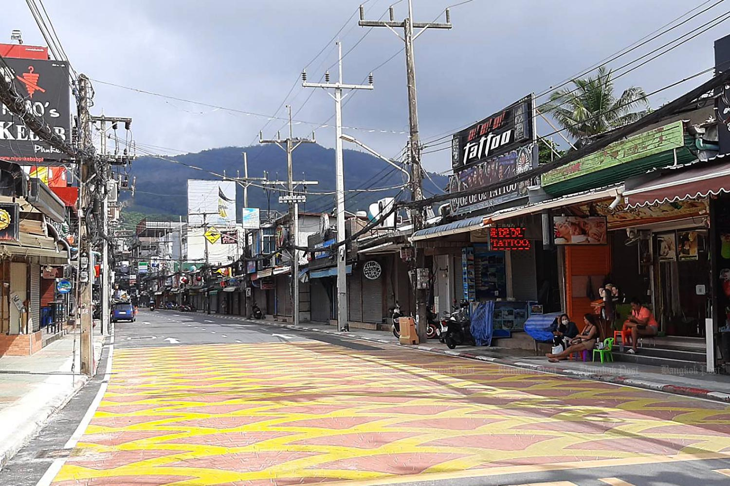 An area near Patong beach in Phuket, which is usually packed with tourists, is almost empty because of the negative impact of the coronavirus. (Bangkok Post file photo)