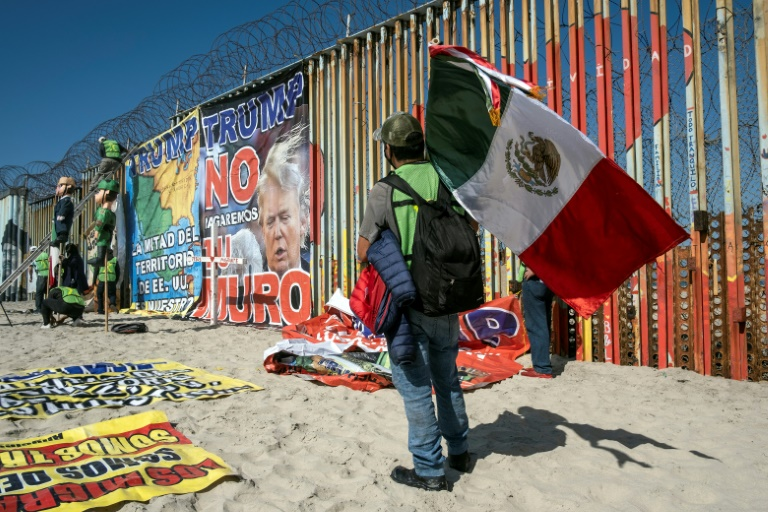 Deported Mexican migrants dream of change under Biden