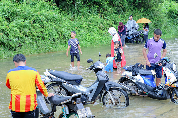Four Narathiwat districts hit by flooding