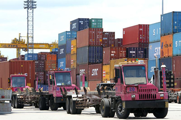October exports fall 5.6%, surplus narrows