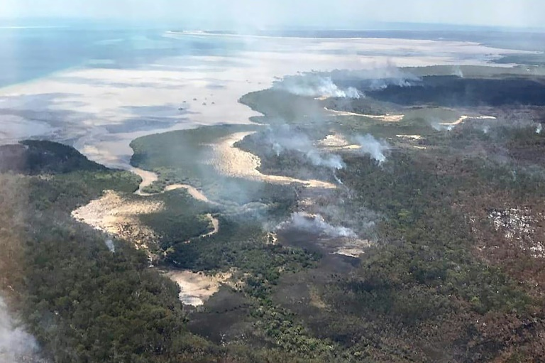 Australia bushfire rips through heritage-listed island