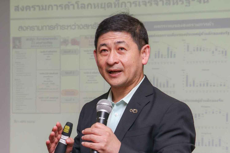 Therdsak: Raise the weight on Thai stocks by 5-40% of investors' portfolios.