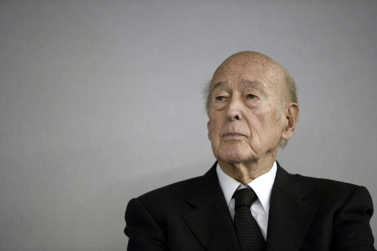 France mourns ex-president Giscard as reformer, European