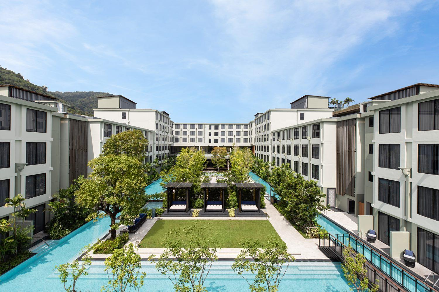 Four points debuts in Phuket
