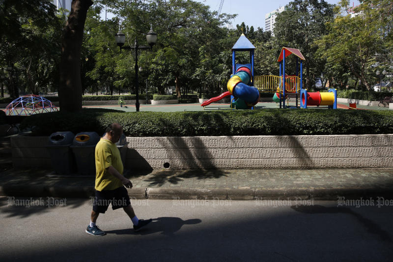 A playground in Benjakitti Park in Bangkok is closed as City Hall tries to contain a new round of the coronavirus outbreak. (Photo by Wichan Charoenkiatpakul)