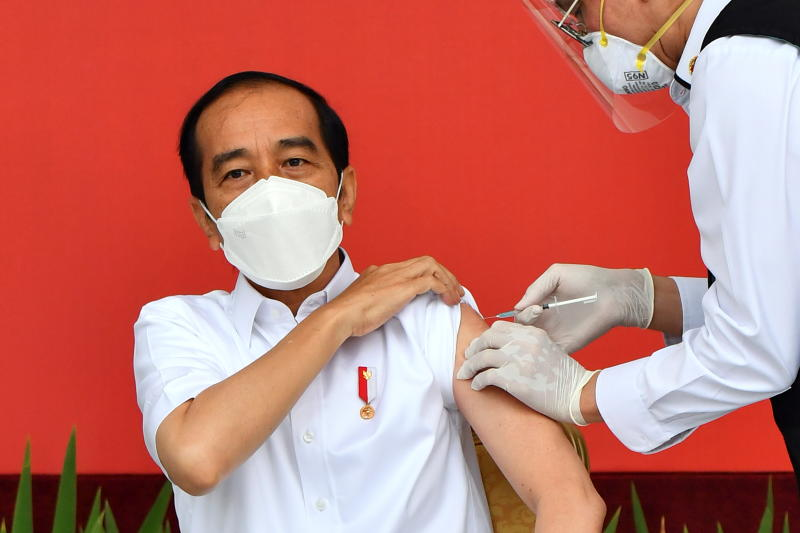 Indonesia starts coronavirus vaccination drive, Jokowi gets first shot